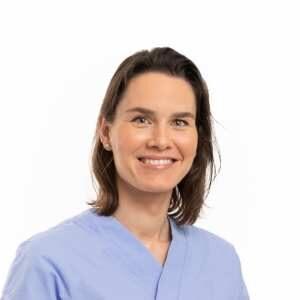 Dr Anna Voskuilen